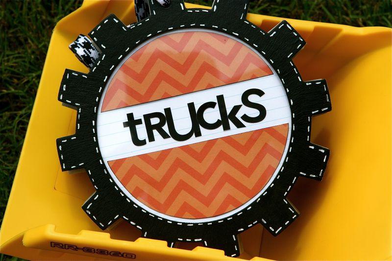 TrucksMiniAlbumKC1