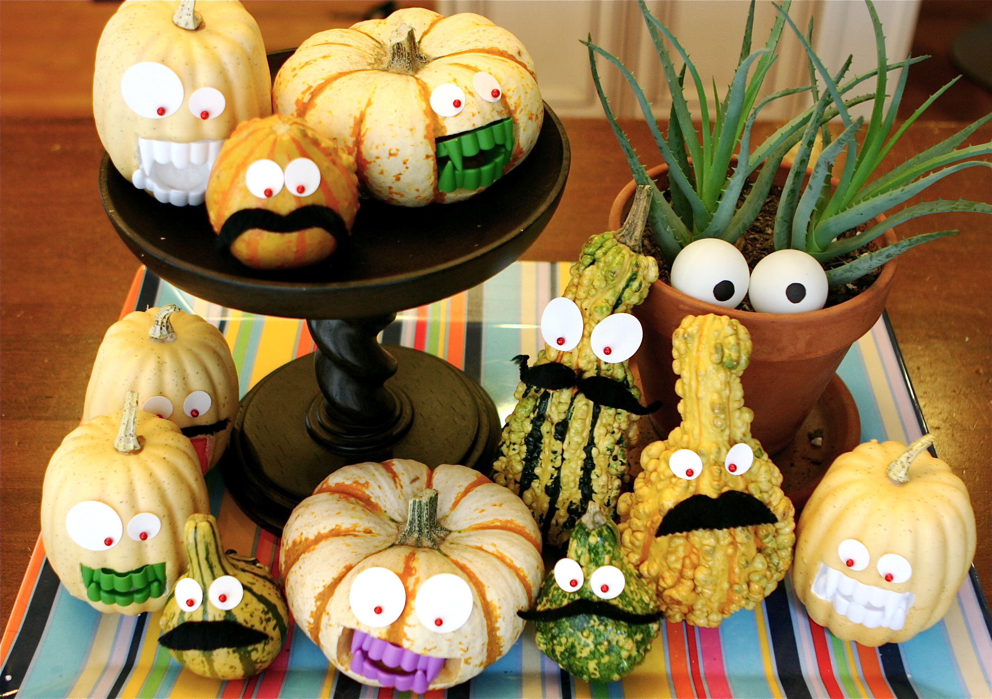 kellicrowe Grumbling Gourds Guard our Grub or Halloween
